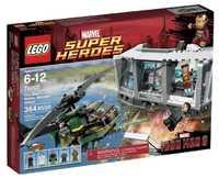 LEGO Marvel Super Heroes 76007 Атака Особняка в Малибу